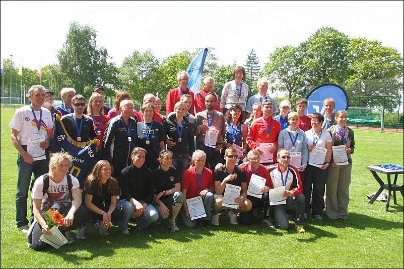 Gruppenbild aller Sieger und Platzierten der LM